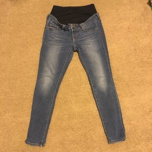 Old Navy Rockstar Maternity Jeans 8